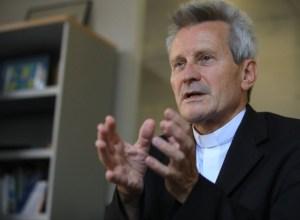 Communiqué de la Conférence des Evêques de France : Départ du Père Thierry Magnin, Secrétaire général de la CEF