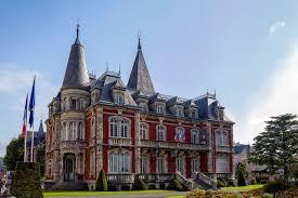 Lourdes : Réouverture progressive des Services de la Mairie
