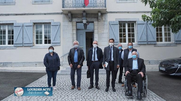 Bartrès : Le Préfet a rencontré le Président de l'association des maires ruraux des Hautes-Pyrénées et a visité le village