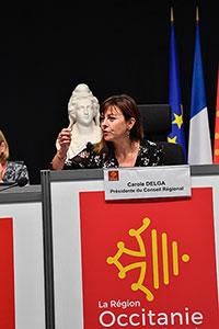 Read more about the article Assemblée plénière –Carole Delga: «Notre Région est solide: revenu écologique jeunes,soutien aux entreprises, développement des transports,nous sommeslà»