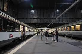 Read more about the article Train de nuit : nouvelle ligne Paris-Lourdes
