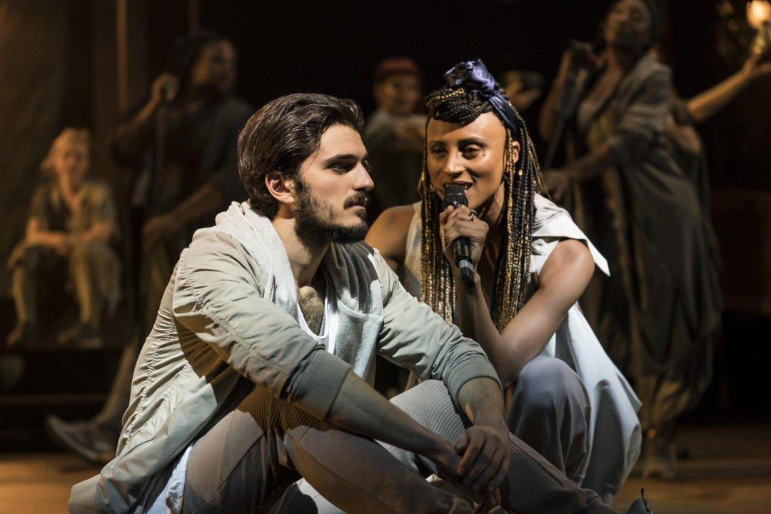 Robert Tripolino as Jesus, Sallay Garnett as Mary