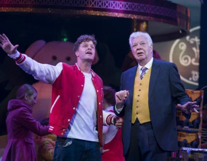 Jay McGuiness and Marthew Kelly in Big - the Musical