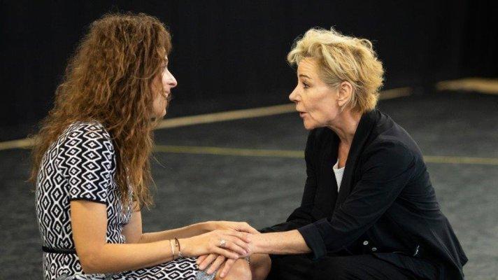 Zrinka Cvitsec and Zoe Wanamaker in Two Ladies