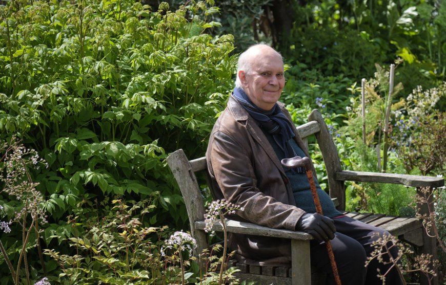 Portrait of Alan Ayckbourn by Tony Bartholomew