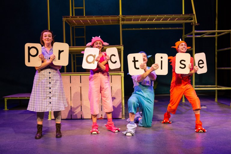 The cast of Zog Live
