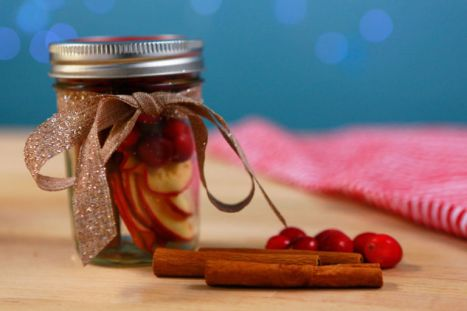 DIY apple cinnamon scent