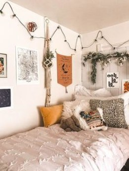 Adorable Bohemian Bedroom Decoration Ideas You Will Totally Love 06