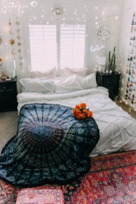 Adorable Bohemian Bedroom Decoration Ideas You Will Totally Love 31