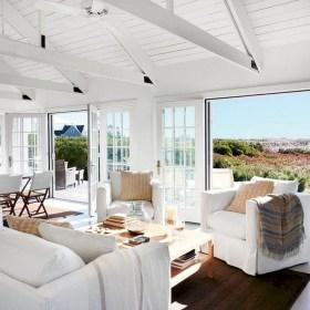 Elegant Coastal Themes For Your Living Room Design 01