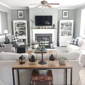 Elegant Coastal Themes For Your Living Room Design 03