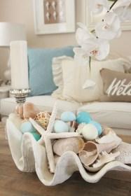 Elegant Coastal Themes For Your Living Room Design 05