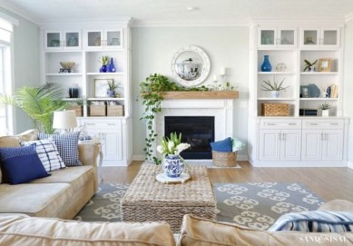Elegant Coastal Themes For Your Living Room Design 30