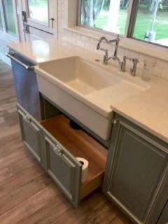 Inspiring Famhouse Kitchen Design Ideas 19