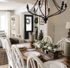Rustic Farmhouse Dining Room Design Ideas 20