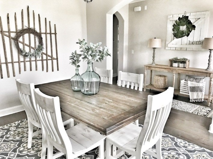Rustic Farmhouse Dining Room Design Ideas 36