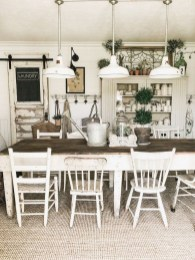 Rustic Farmhouse Dining Room Design Ideas 40