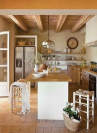 Awesome Kitchen Design Ideas To Cooking In Summer 39
