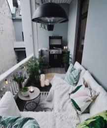 Best Ideas To Change Your Balcony Decor Into A Romantic Design 46