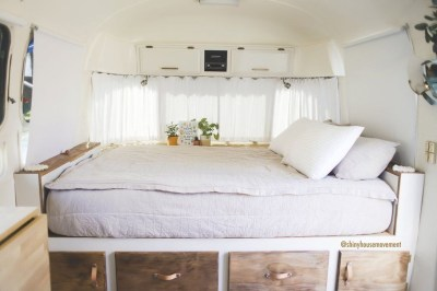 Cozy RV Bed Remodel Ideas On A Budget 36