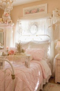 Cute Shabby Chic Bedroom Design Ideas For Your Daughter 05