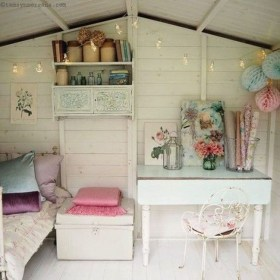 Cute Shabby Chic Bedroom Design Ideas For Your Daughter 36