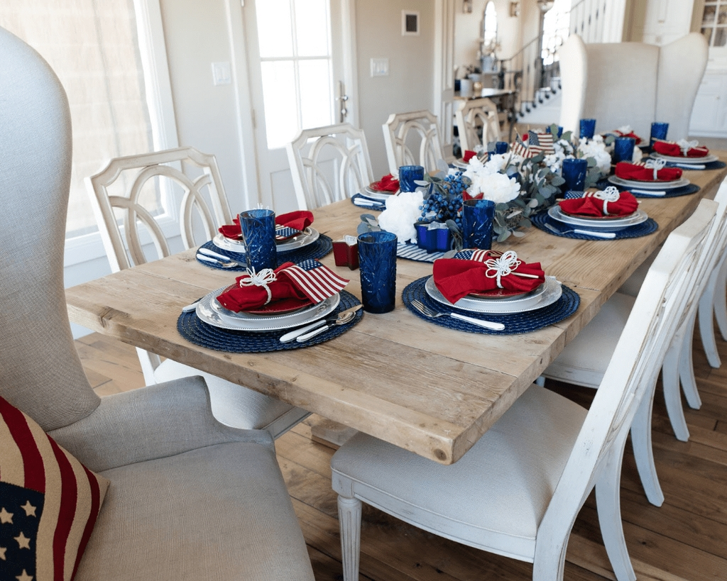 Inexpensive 4th Of July Decoration Ideas In The Dining Room 40