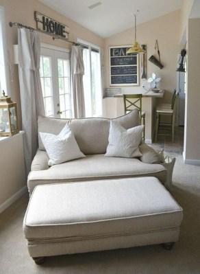 Inspiring Reading Room Decoration Ideas To Make You Cozy 07