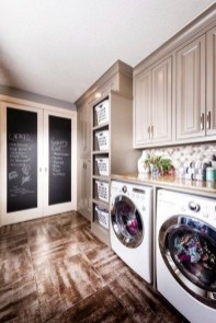 Minimalist And Small Laundry Room Ideas For Small Space 37