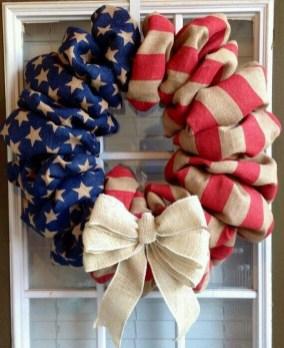 Pratiotic Handmade 4th Of July Wreath Ideas 43