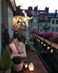 Stunning Balcony Decoration Ideas With Seating Areas 04