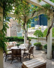Stunning Balcony Decoration Ideas With Seating Areas 33