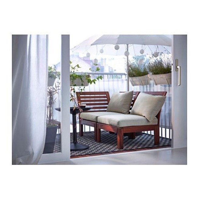 Stunning Balcony Decoration Ideas With Seating Areas 41