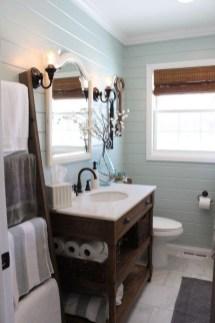 Stylish Coastal Bathroom Remodel Design Ideas 08