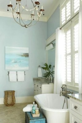 Stylish Coastal Bathroom Remodel Design Ideas 34