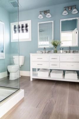 Stylish Coastal Bathroom Remodel Design Ideas 41