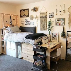 Trendy Decoration Ideas For Teenage Bedroom Design 11