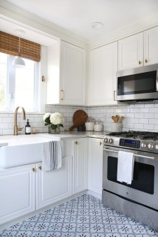 Astonishing Kitchen Remodeling Ideas On A Budget 37