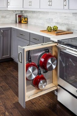 Astonishing Kitchen Remodeling Ideas On A Budget 46
