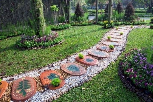 Awesome Small Garden Ideas With Stone Path 28