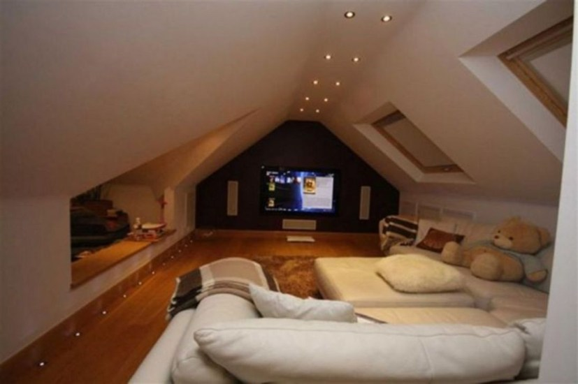 Best Small Movie Room Design For Your Happiness Family 31