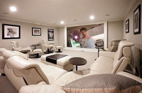 Best Small Movie Room Design For Your Happiness Family 44