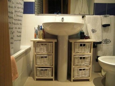 Brilliant Bathroom Storage Ideas For Your Bathroom Design 34