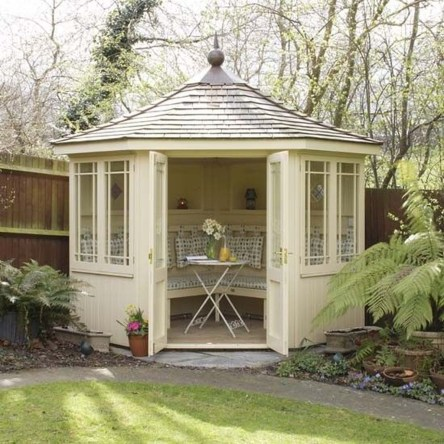 Classy Summer House Ideas For Home Interior 09