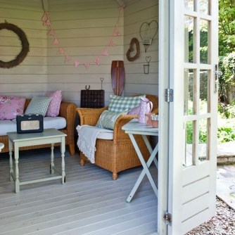 Classy Summer House Ideas For Home Interior 45