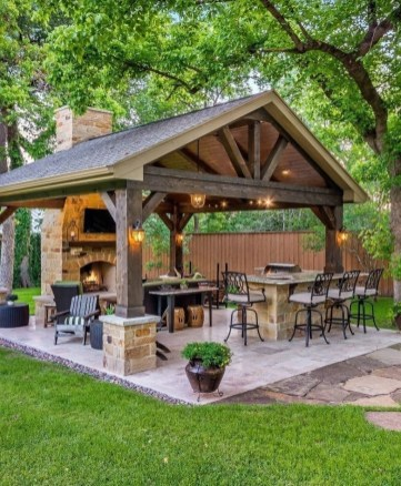Inspiring Backyard Patio Design Ideas With Beautiful Landscaping 42