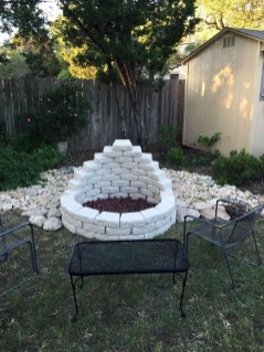 Marvelous Outdoor Fire Pit Ideas To Enjoying This Summer 01