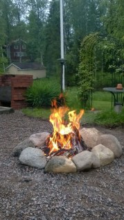 Marvelous Outdoor Fire Pit Ideas To Enjoying This Summer 03