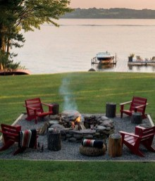 Marvelous Outdoor Fire Pit Ideas To Enjoying This Summer 13