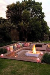 Marvelous Outdoor Fire Pit Ideas To Enjoying This Summer 31
